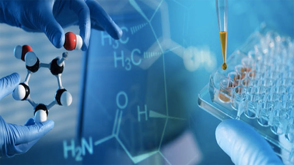 Why-Big-Data-is-Essential-for-Success-in-the-Pharmaceutical-Market
